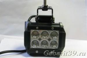 Фара LED 06-18W / flood (315)